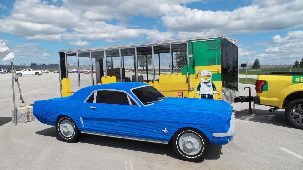 LegoLand Ford Mustang